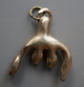 bronze jewelry of the clitoris